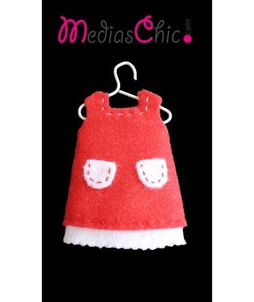 Broche de fieltro vestido rojo bolsillos