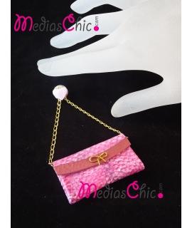 Broche bolsito de piel, cadena y motivo chapada en oro 18K modelo serpiente rosa